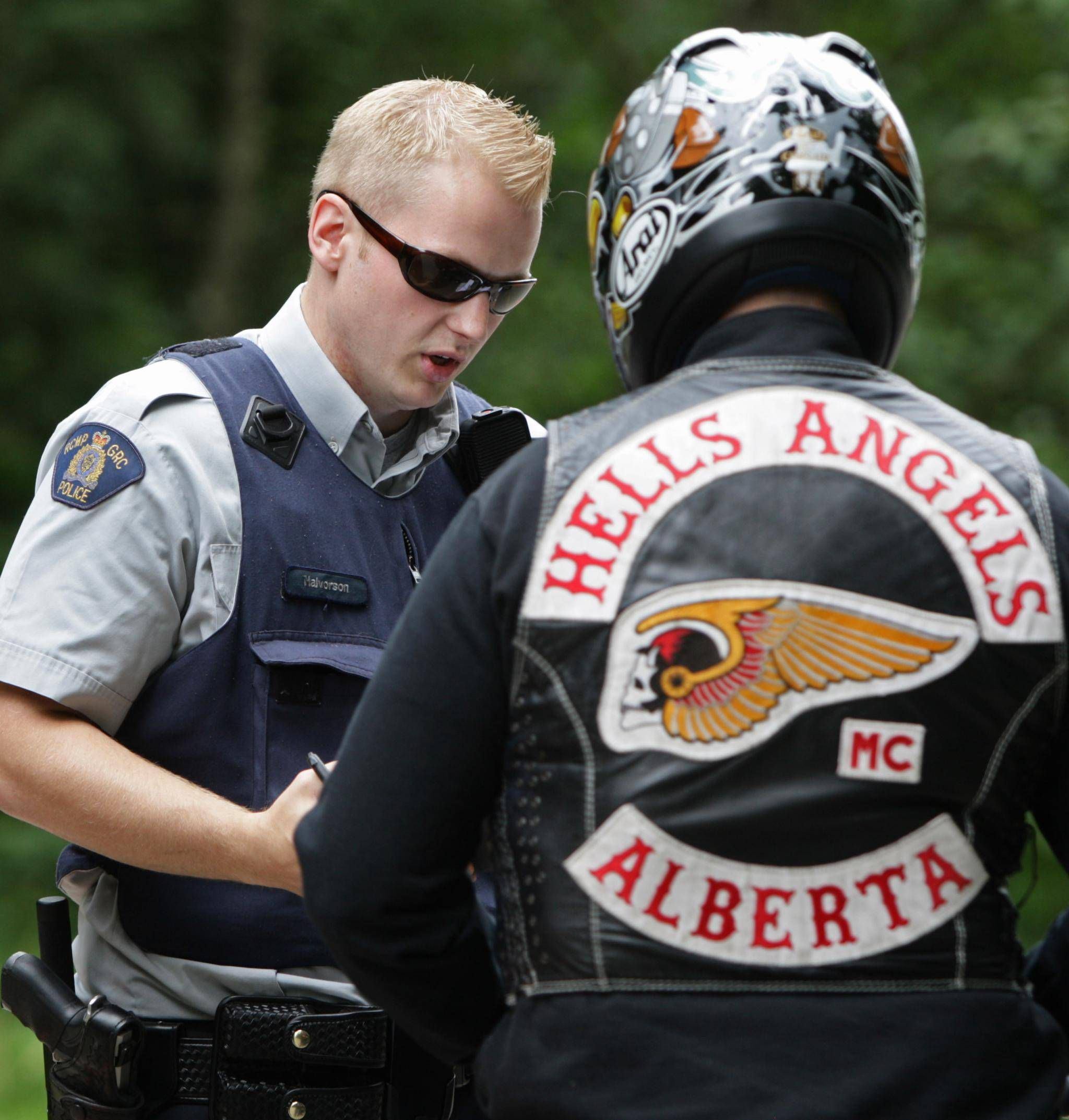 hell angels and police